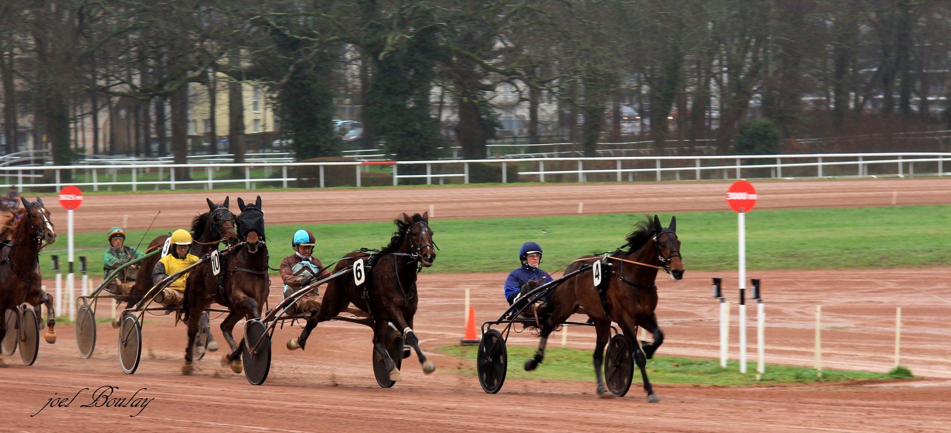 Courses de trot à l'hippodrome de Nantes